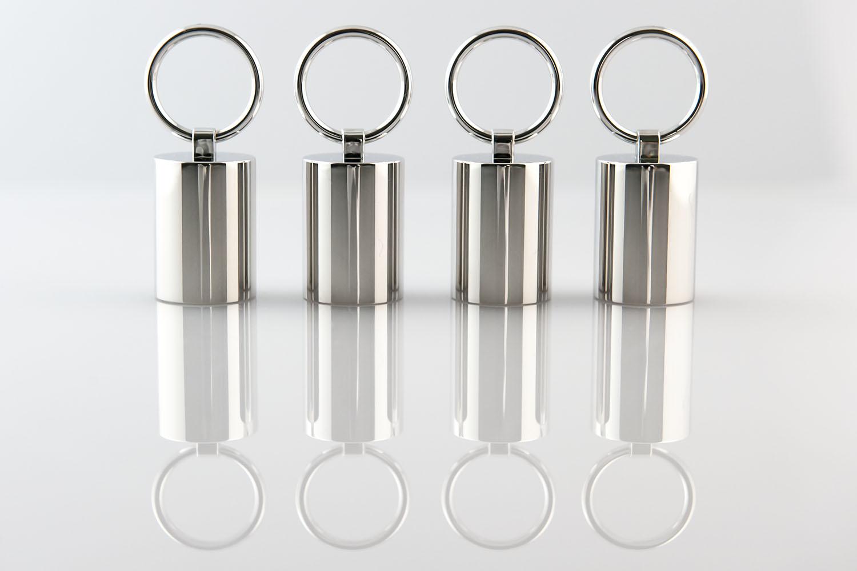 Finiture galvaniche su plastica Profumeria e cosmetica Tappi con anelli